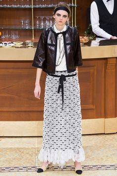 Chanel Fall 2015 RTW Runway - Vogue