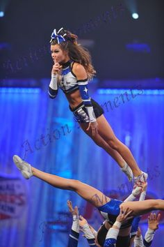 CHEER competition, in the air, competitive cheer-leading. Cheerleading Moves, Cheer Stunts, Cheerleading Outfits, Cheer Dance, Competitive Cheerleading, Cheer Hair, Cheer Bows, Cheer Quotes, All Star Cheer