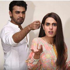 Raise your hand ✋ if you love & in ❤️✨ Cute Girl Poses, Girl Photo Poses, Girl Photos, Pakistani Dresses Casual, Pakistani Wedding Dresses, Pakistani Models, Pakistani Actress, Beautiful Girl Image, Beautiful Hijab