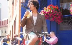 Cycling from London to Brighton is one of the most loved ways to raise money for charity. But why do it like everybody else when you could do it in style? We want to say 'no!' to lycra and 'yes!' to style. We want to say 'No!' to energy drinks in the saddle and 'yes!' to delicious ales in country pubs along the way. Sign up!