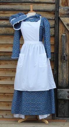 Pioneer woman dress - Old fashion dresses - Pioneer dress - Pioneer clothing - Pioneer costume Pioneer Trek, Pioneer Woman, Pioneer Farms, Pioneer Life, Pioneer Costume, Pioneer Clothing, Old Fashion Dresses, White Elegance, Modest Dresses