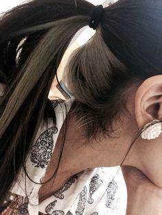 Pin on Peinados Under Hair Dye, Under Hair Color, Two Color Hair, Hidden Hair Color, Hair Color Streaks, Cool Hair Color, Hair Dyed Underneath, Peekaboo Hair Colors, Aesthetic Hair