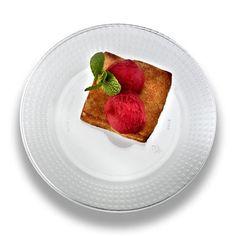6\  Majestic Clear Plastic Dessert Plates  sc 1 st  Pinterest & Clear Premium Plastic Dessert Plates 32ct - Party City | new wedding ...