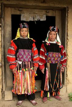 Vietnam - ethnic minorities by Retlaw Snellac, via Flickr