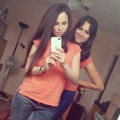#inst10 #ReGram @anna.stranszky: #blackberry #blackberryz10 #secondhome #budaörs #friends #mirror #like4like #girls #photo #t-shirt #newyorker #sunday #brownhair #browneyes #BlackBerryClubs #BBer #BlackBerryPhotos #BlackBerryZ10 #Z10 #BlackBerryZ30 #Z30 #BlackBerryGirls