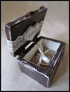 Rustic Ring Holder Personalized Wedding Ring Box by gregolino, €31.00