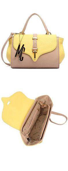 7d1a6a93e2 Bolsa Media Macadamia Catarina com alça de mão