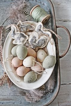Easter Eggs can be so pretty #easter #eastereggs #decor