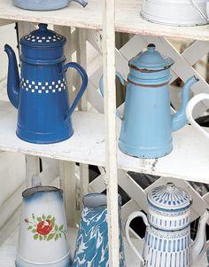 Enamelware biggin coffee pots!!!!! soo  country cottage!!!!!!!!!!!!!!!!!!!!