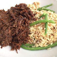 Een heerlijk recept voor Surinaams rundvlees. Dit keer voor het eerst klaar gemaakt in de Crockpot, maar voorheen maakte ik het altijd gewoon in de braadpan..