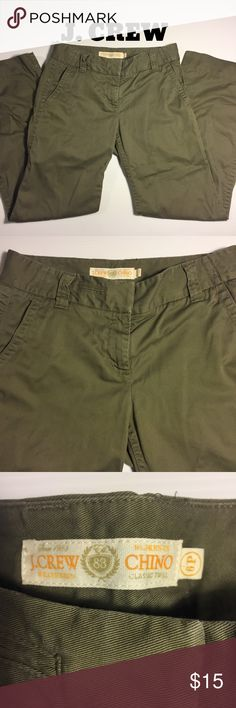 "J. CREW Chinos Favorite Fit weathered twill 6P Classic timeless J. CREW Chino in Favorite Fit.  Traditional Olive Army green, Weathered classic twill. In great shape, no fraying, lots of life & wear left in these Chinos! Great for all seasons, year-round wear. 29.5"" inseam, 3.5"" zipper, 19"" leg opening. Comfortable 100% cotton, machine wash cold. Size 6P.  (#367) J. Crew Pants"