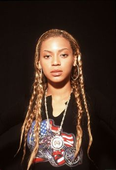 Check out Beyonce @ Iomoio Beyonce Knowles Carter, Beyonce And Jay Z, Destiny's Child, Divas, Beyonce Beyhive, Ariana Grande, Beyonce Style, Iconic Women, Queen B