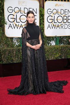 this dress is heaven. waaaaant. emilia clarke. golden globes.