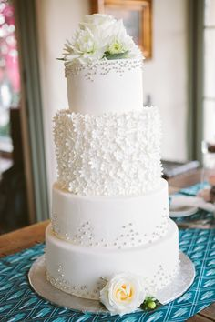 Gorgeous Embellished Wedding Cakes