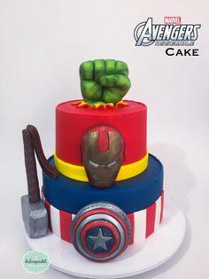 Torta Avengers Medellín by Giovanna Carrillo