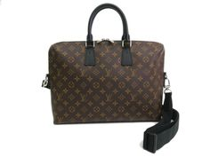 Louis #Vuitton Porte-Documents Jour Briefcase Monogram Macassar(BF065355). All of eLADY's items are inspected carefully by expert authenticators who have years of experience. For more pre-owned luxury brand items, visit http://global.elady.com