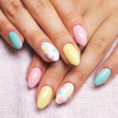Produkty NeoNail użyte do stylizacji to: Żel kolorowy (plum 3706)