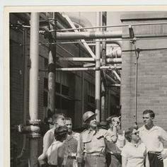 A Science class visits Ashland Oil - Kentucky Digital Library