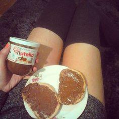 #smakdzieciństwa #wciążtakisam #nutella #delicious #zakolanówki #chocolate #legs #instaphoto #instagood #home