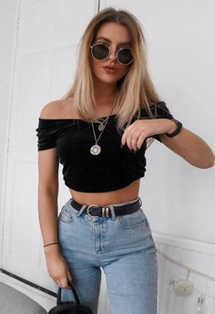 ootd_off shoulder crop top bag jeans