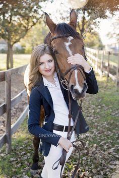 Senior portraits with a horse   Dallas, TX   equestrian senior photos