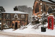 Haworth in West Yorkshire, doesn't look bad in the snow at all! Haworth in the West Yorkshire moors. I spent one of the best times of my life here, walking up on the moors with my love. Yorkshire England, Yorkshire Dales, West Yorkshire, Cornwall England, Le Riad, English Christmas, Cosy Christmas, Christmas Time, Winter Scenery