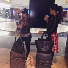 traveling with your bff