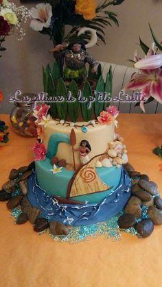 Vaiana cake Moana Theme Birthday, Hawaiian Birthday, Luau Birthday, 6th Birthday Parties, Birthday Celebration, Birthday Ideas, Moana Party, Moana Y Maui, Disney Cakes