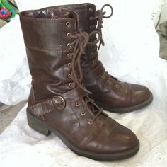 White Mountain Dark Brown Combat Boots First picture captures the color best. Dark brown boots with golden buckle & a single strap. Has a rustic aesthetic to it. Very good condition, has been lightly worn a handful of times. White Mountain Shoes Combat & Moto Boots