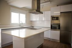 """137000,00€ · Unifamiliar Casa Dúplex (Ref-A1) Entre Campo y Mar """" El Algar"""" Cartagena · Inmueble de obra nueva perteneciente a la promoción ENTRE CAMPO Y MAR en Cartagena, El Algar.Conjunto Residencial.  +-200m2 de casa construida, de altas calidades  Vivienda N#A1 -  solo  137,000€.  Especificaciones :  --Amplio comedor - 3 Dormitorios - 3 cuartos de baño, (dos en planta 1ª y otro de invitados en planta Baja, principal con puerta corredera. - Cocina cuadrada de 16m2 con Puerta corredera en…"""
