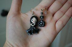 Orecchini doll + fiore neri
