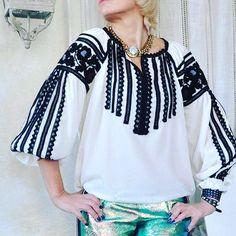 #vyshyvanka #embroidery #svitlo #fashionukraine #etnochic Funky Fashion, Ethnic Fashion, Womens Fashion, Man Fashion, Cute Shirt Designs, Ukrainian Dress, Vintage Embroidery, Embroidered Blouse, Cute Shirts