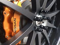 Barracuda Racing Bolts Black auf Competech Wheels. #barracudaracingbolts #barracudaracingnuts #racingbolts #racingnuts #bunteradschrauben #black #felgenporn #schrauben #competech #wheels #farbigeschrauben #schwarz #barracudaschrauben #tuning #cartuning #tuningisnotacrime #tuningworld #tuninglove #wheelsporn #swissmade #barracudaracing #innovation #rennsport #nuzz #workwheels #designinspiration #lugnuzz #instawheels #instatuning #tuningshopsofinstagram Nissan, Innovation, Wheels, Racing, Design, Black, Auto Racing, Running, Black People