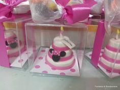 mini cake tema minnie complete di scatola e confetti