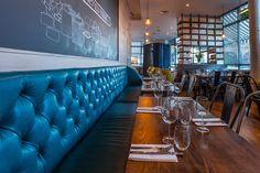 Melange restaurant by InArch, London – UK Pizzeria Design, Visual Merchandising, Uk Retail, Burger Restaurant, French Restaurants, Built In Seating, Bar Interior, Branding, Design Furniture