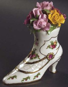 Musical Victorian Shoe in the Old Country Roses pattern by Royal Albert China