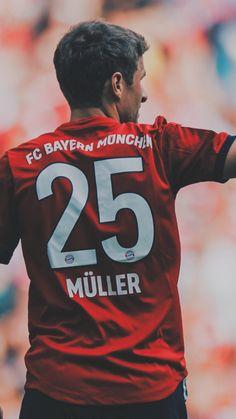 Thomas Muller, Fc Bayern Munich, Best Football Players, Soccer Players, Watch Football, Football Soccer, Bayern Munich Wallpapers, Champions Of The World, Robert Lewandowski