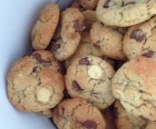 Recipe Never Fail Choc Chip Cookies by Cammelmc - Recipe of category Baking - sweet (Thermomix) Biscuit Cookies, Chip Cookies, Yummy Treats, Sweet Treats, Kids Meals, Sweet Recipes, Chips, Tasty, Snacks