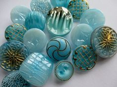 VINTAGE GLASS BUTTONS PALE BLUE TURQUOISE GOLD & SILVER noelhumphrey on eBay.co.uk