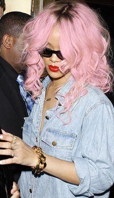 Rihanna pink hair http://www.latesthair.com/