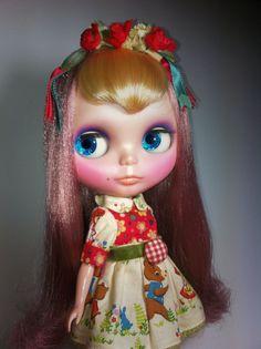 8 Kinder Blythe Custom Two Tones Hair with Vintage Fabric OOAK Outifit Cute | eBay