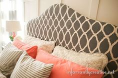 Love the colors and headboard
