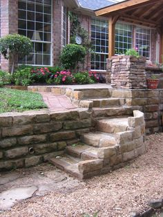 Retaining Walls | Stone Staircase/Retaining Wall