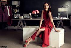 Victoria Beckham is one of Glamour Magazine's Women of the Yearr ~ Spice Girls Net Moda Victoria Beckham, Victoria Beckham Style, Victoria Style, Vic Beckham, Gossip Girl, Yoga Video, Victoria Fashion, Geri Halliwell, Elegantes Outfit