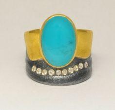ATELIER ZOBEL Ring, 925/Silver, 22K Yellow Gold, Chrysocolla Cabochon 6.89ct, and Champagne Coloured Diamonds VSI 0.10ct