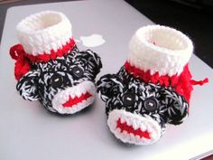 Black and White Monkey Crochet Baby Booties   36mo  by mymayamade, $23.99