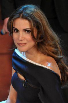 More Pics of Queen Rania Evening Dress (2 of 18) - Queen Rania Lookbook - StyleBistro