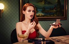Image uploaded by Sara Silvestre. Find images and videos about beauty, riverdale and madelaine petsch on We Heart It - the app to get lost in what you love. Jason Todd, Best Funny Pictures, Funny Images, Celebrity Updates, Madelaine Petsch, Wattpad, Cheryl Blossom, Most Popular Memes, Kiss Makeup