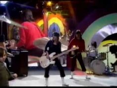 YEP...Suzi Quatro - Devil Gate Drive - YouTube