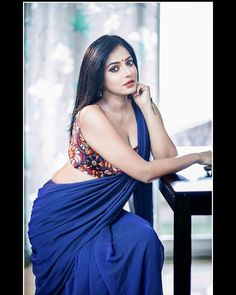 Beautiful Girl Indian, Most Beautiful Indian Actress, Beautiful Saree, Beautiful Actresses, Beautiful Women, Designer Sarees Collection, Latest Designer Sarees, Saree Collection, Hot Actresses